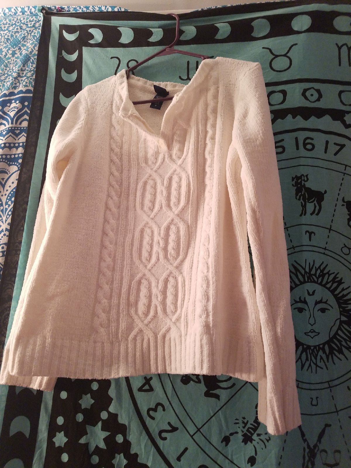 super soft white sweater - Mercari: BUY & SELL THINGS YOU LOVE
