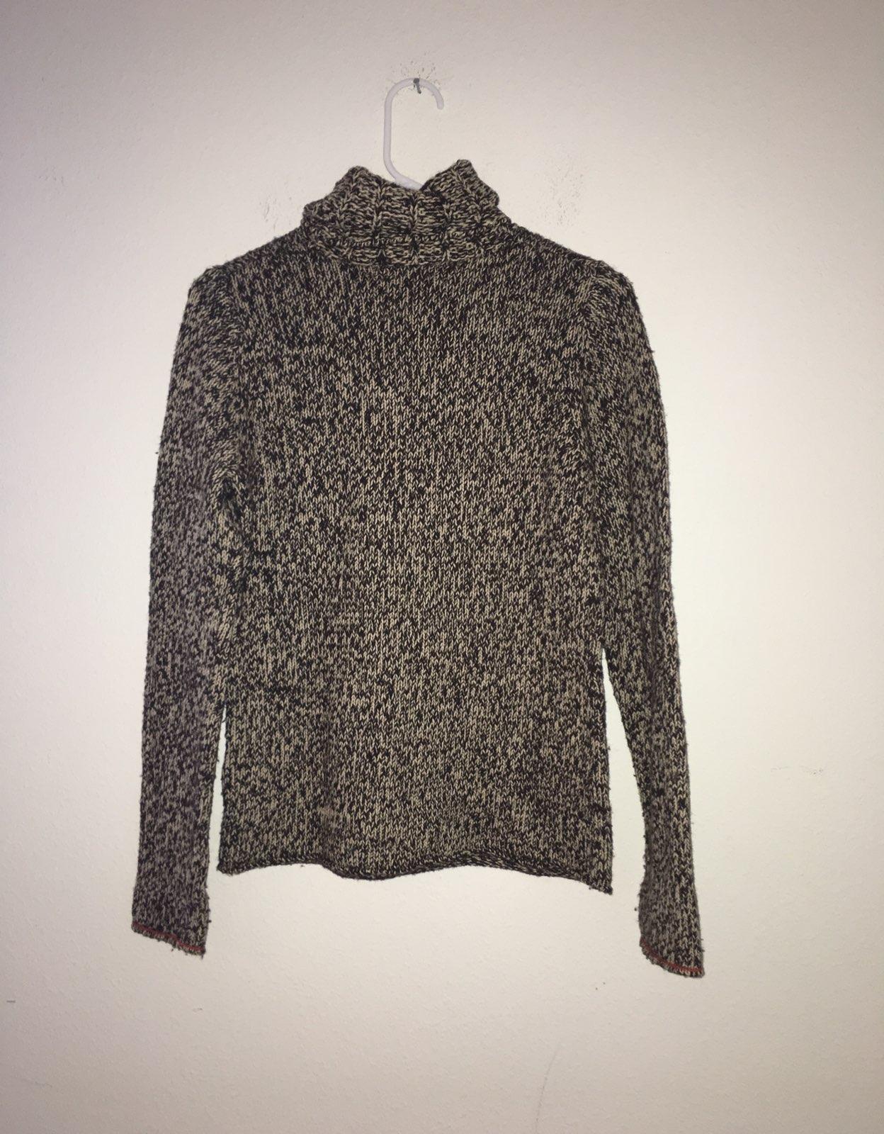Gap Women's Brown Turtleneck Sweater M - Mercari: BUY & SELL ...