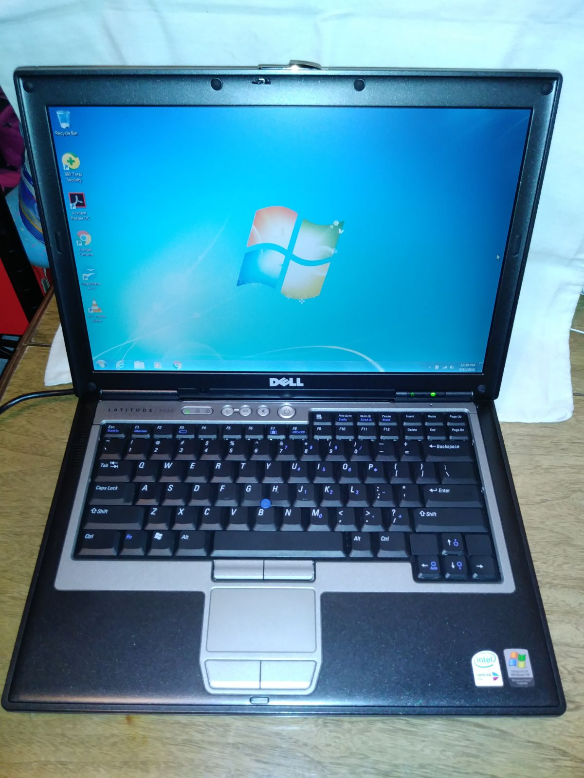 Dell latitude D620,320GB,Wind 7