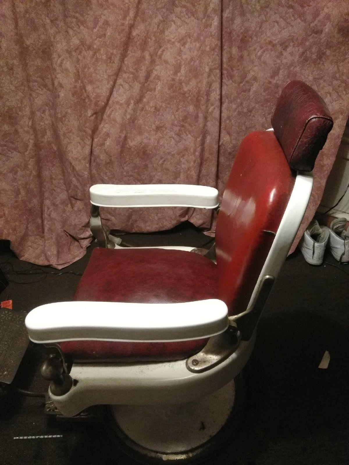 1920s Theo A Kochs Barber Chair