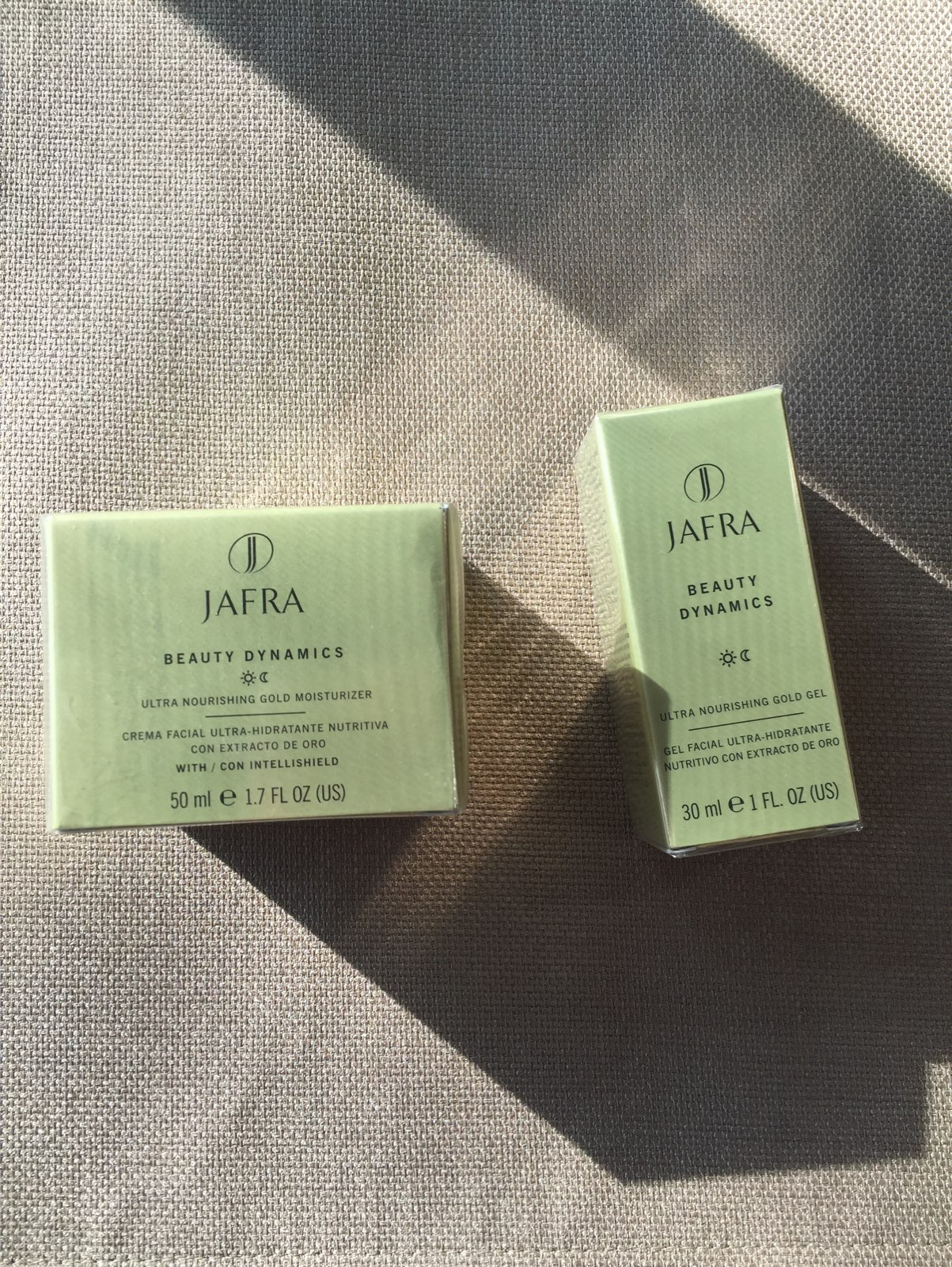 Jual Jafra Ultra Nourishing Gold Gel Cantik Olshopp Tokopedia Source · two piece Jafra Set