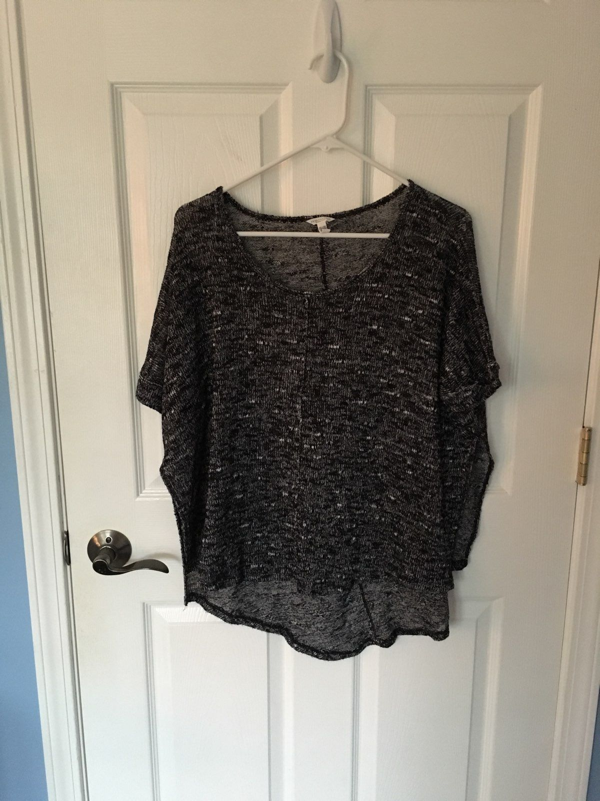 Flowy Black Sweater Top - Mercari: BUY & SELL THINGS YOU LOVE