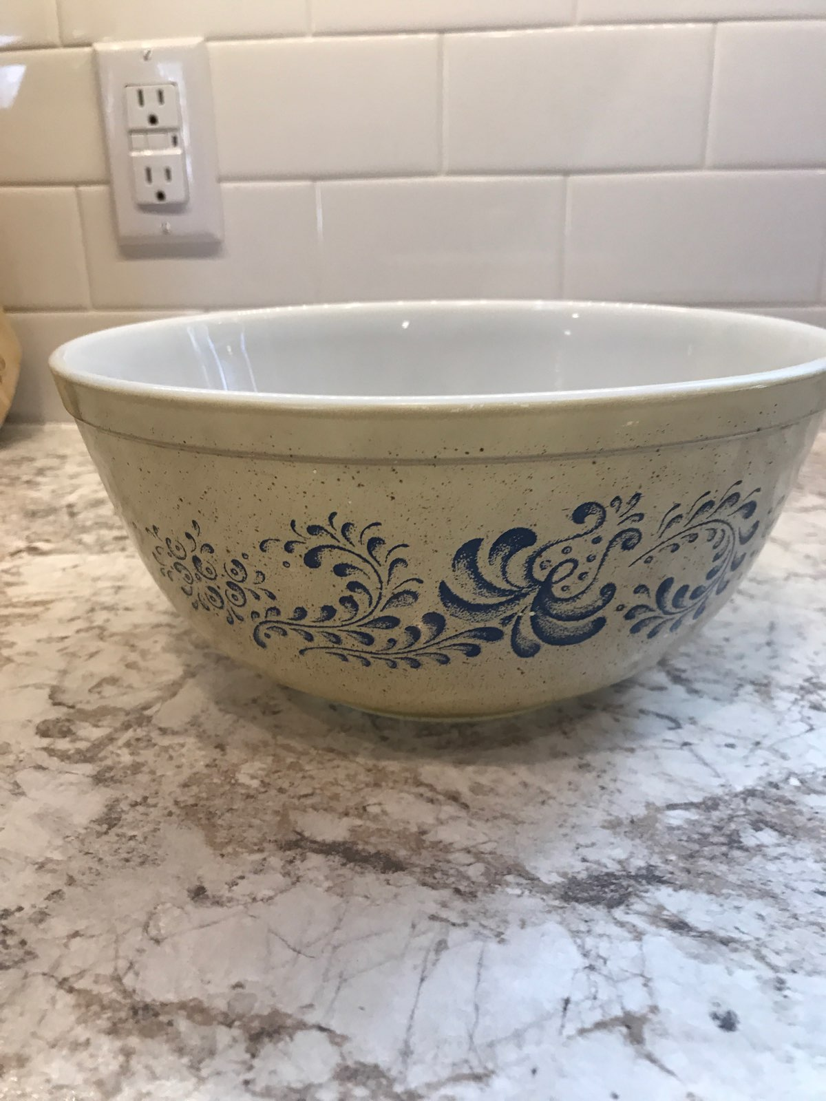 Pyrex Homestead 403 Mixing Bowl