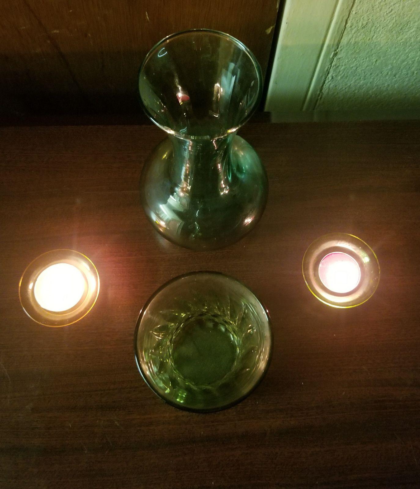 2 green depression glass vases 2 candles mercari buy sell 2 green depression glass vases 2 candles reviewsmspy