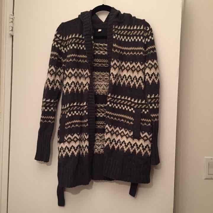 Uniqlo Fair Isle Sweater - Mercari: BUY & SELL THINGS YOU LOVE