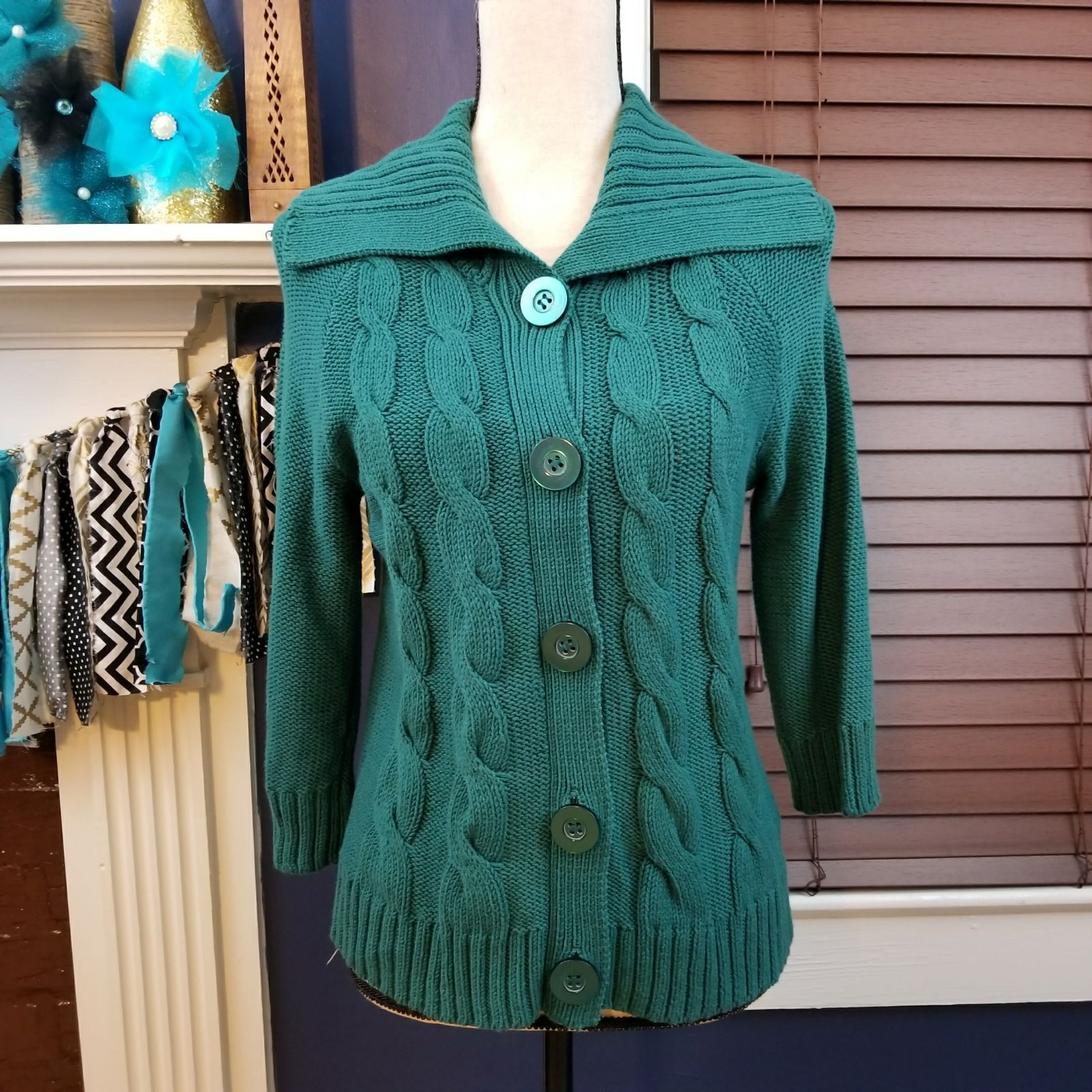 NWT Green chunky sweater cardigan SMALL - Mercari: BUY & SELL ...