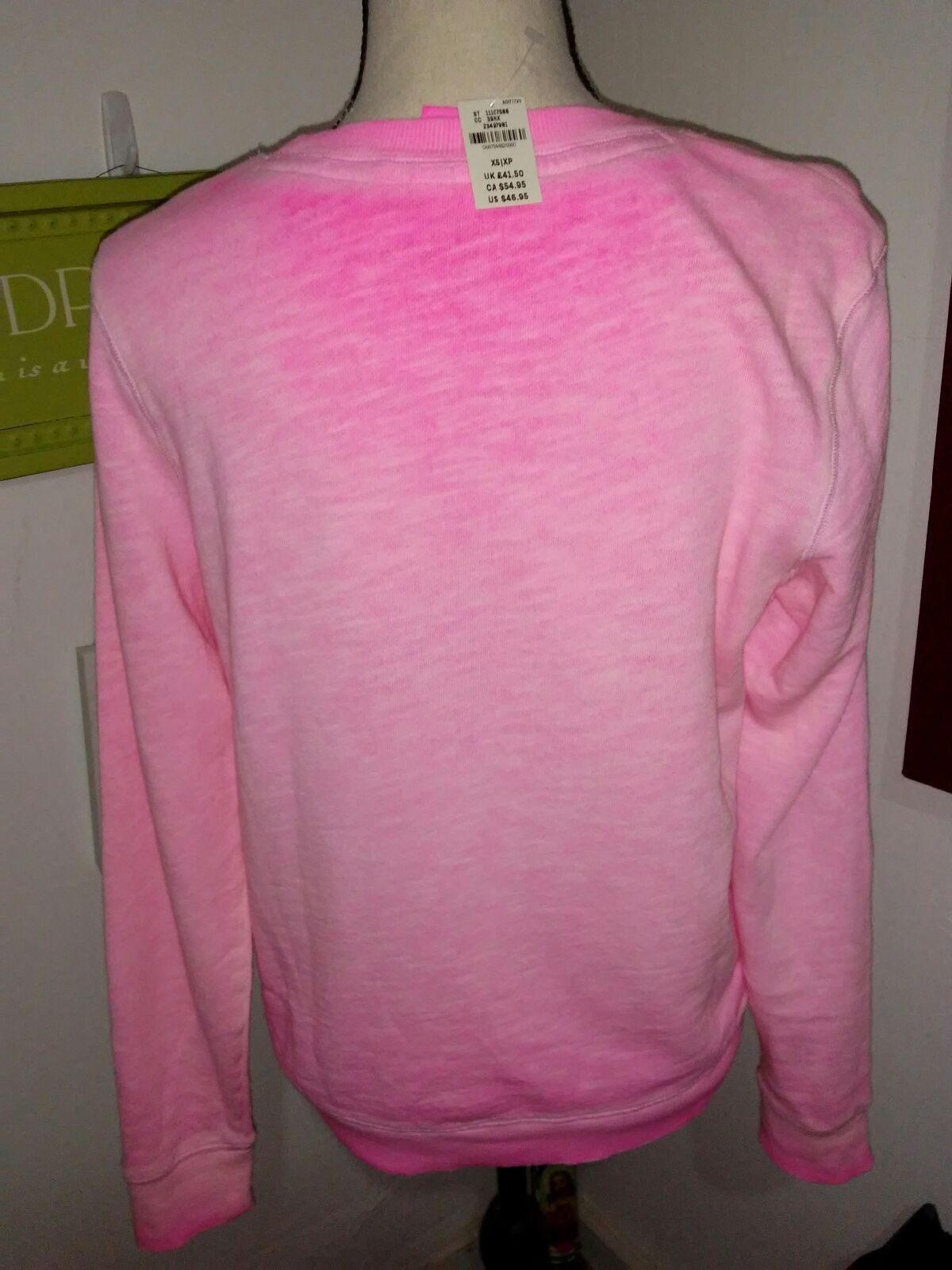 VS PINK CREWNECK SWEATSHIRT SIZE XS - Mercari: BUY & SELL THINGS ...