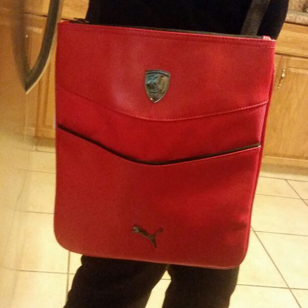 d5ddd69ffb NWT Ferrari/puma tablet bag - Mercari: The Selling App