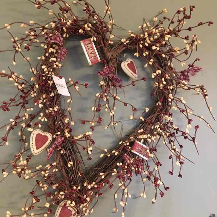 2 Heart Wreaths, 1 French Hen, 1 dip set
