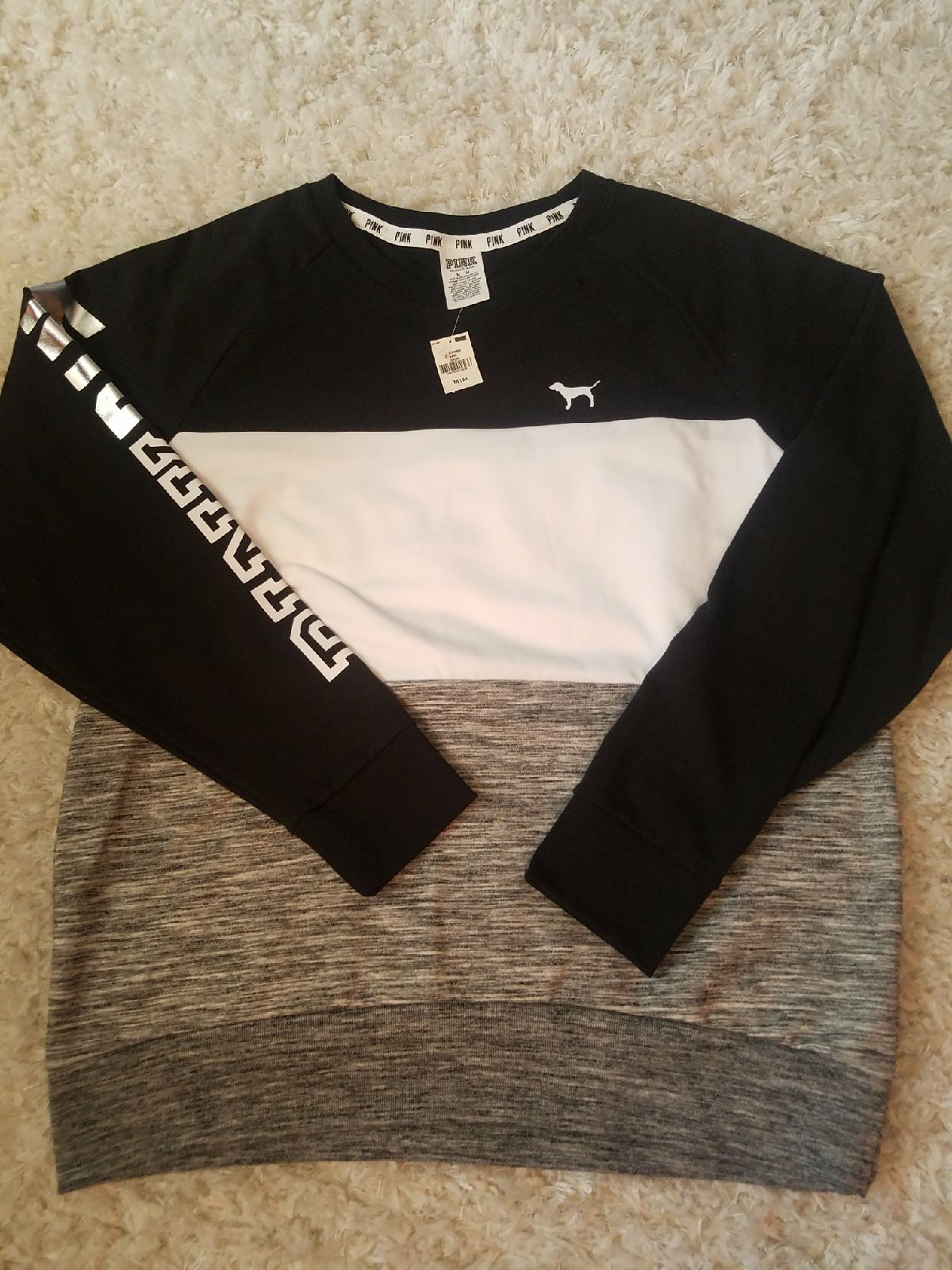 VS pink crew neck sweatshirt - Mercari: BUY & SELL THINGS YOU LOVE
