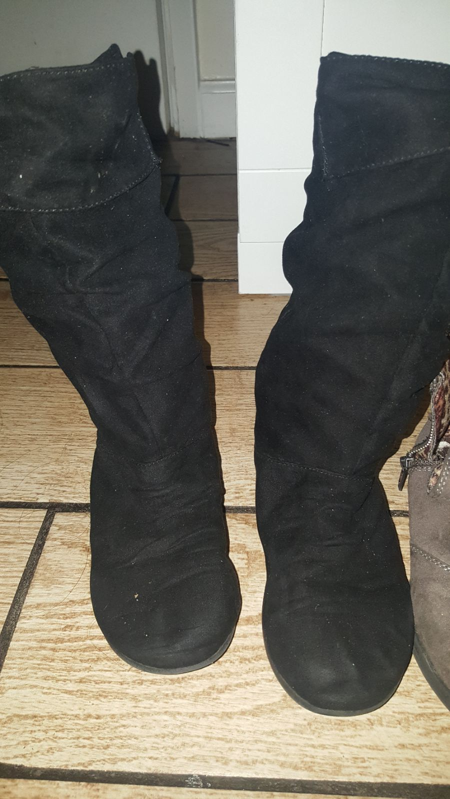 kids shoes size 13