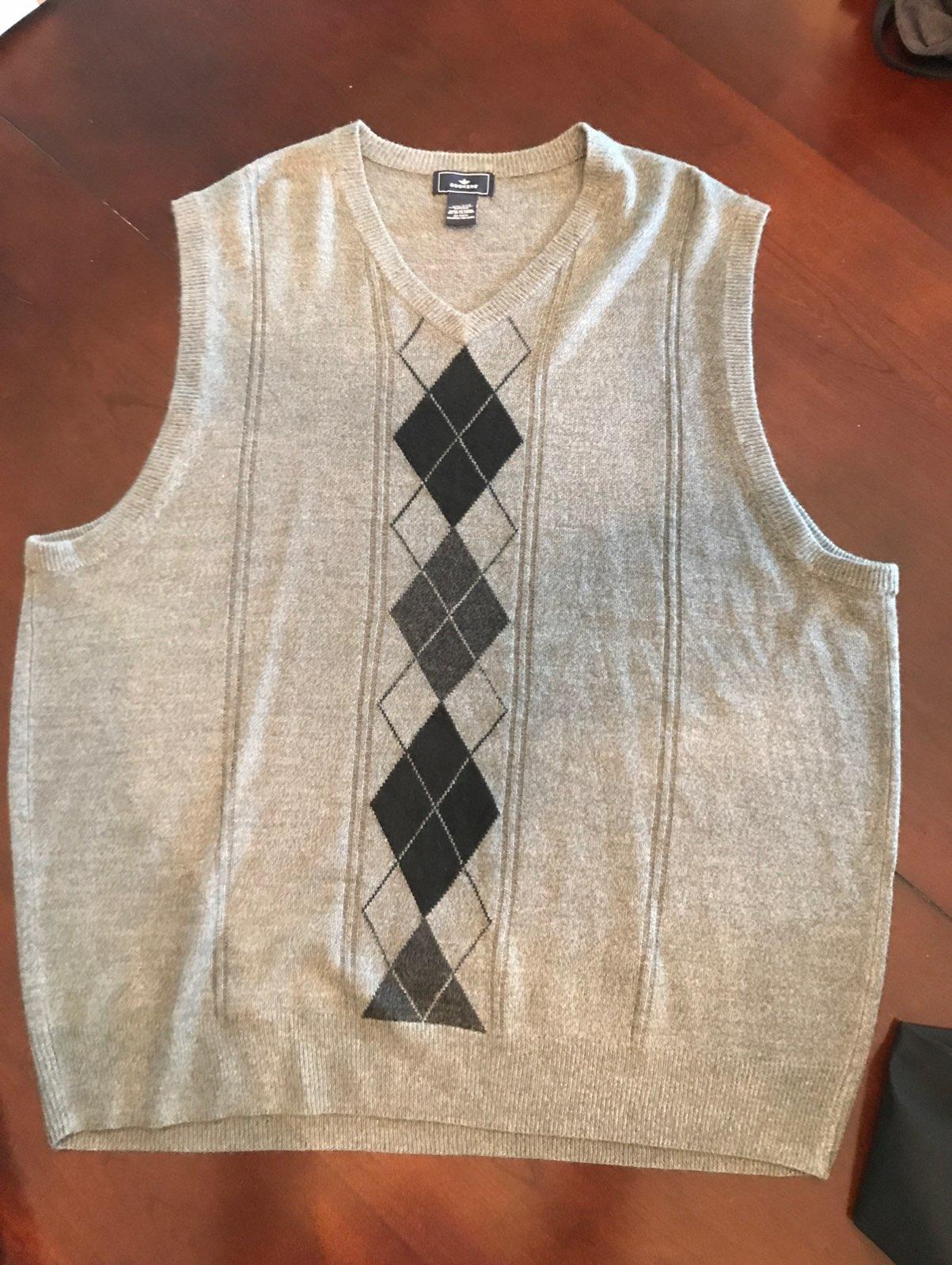 Dockers Sweater Vest - Mercari: BUY & SELL THINGS YOU LOVE