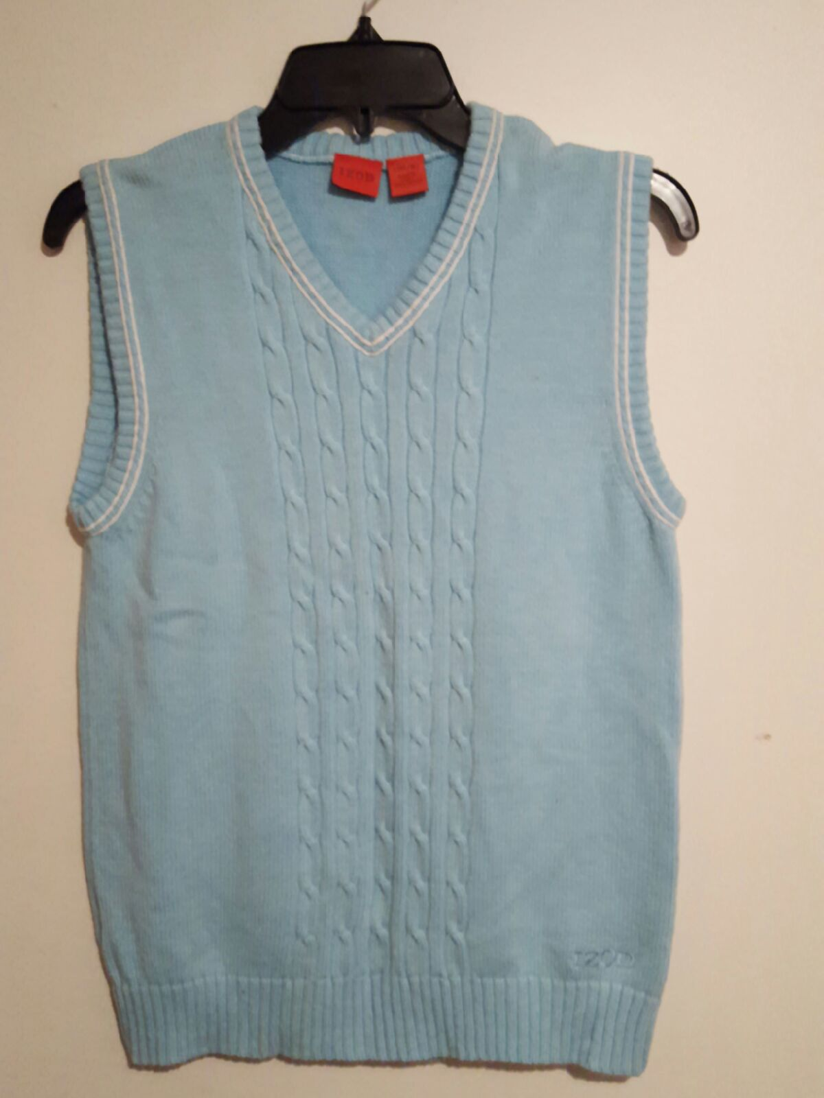 IZOD SWEATER VEST - Mercari: BUY & SELL THINGS YOU LOVE