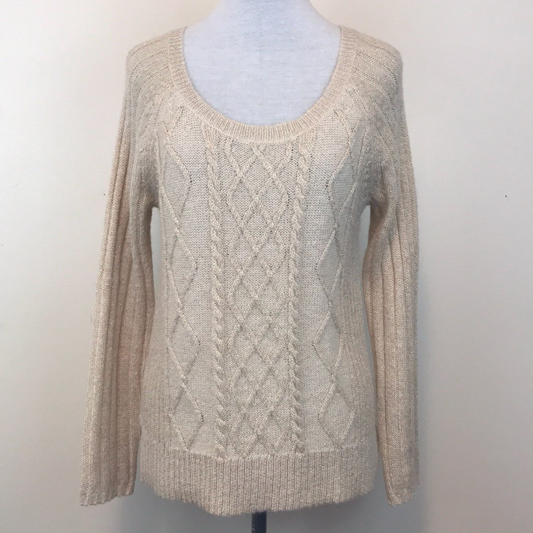 Apt. 9 Cable Knit Sweater - Mercari: BUY & SELL THINGS YOU LOVE