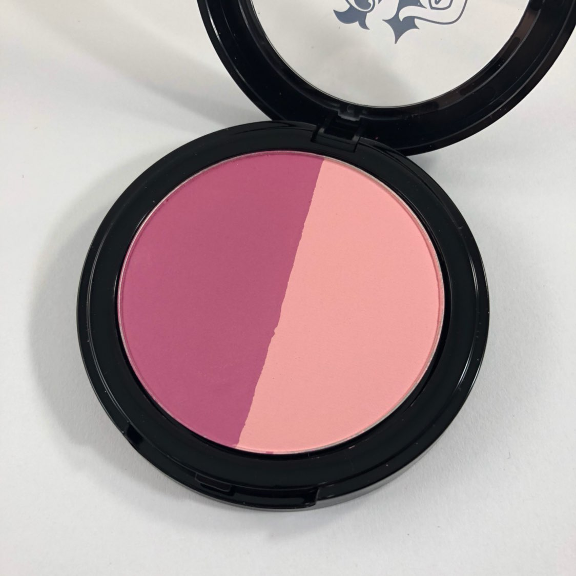 Kat Von D Shade Light Blush Bonnie Clyde