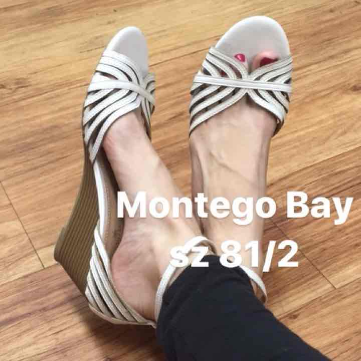 Real.j69 8.5 Montego Bay wedge flats wht