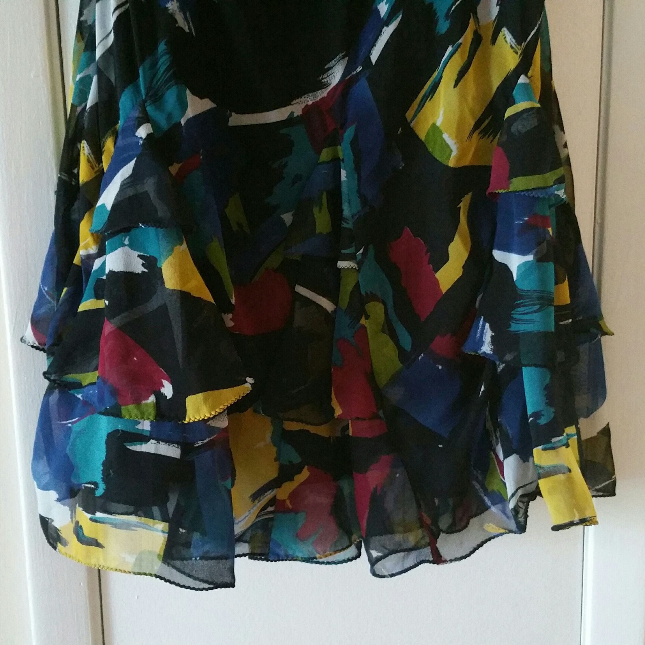 Long, ruffled skirt, size Medium M