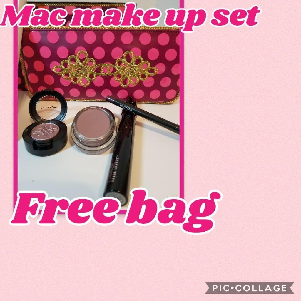 Brand New Holiday Eyeshadow Set /Eyelash