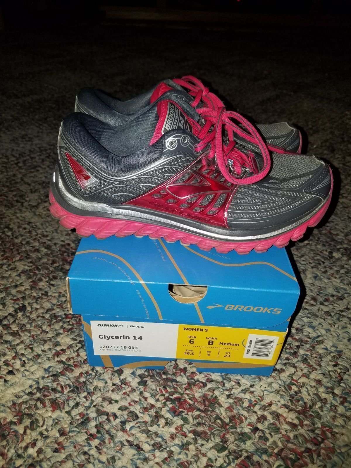 231ad92ac75cb Brooks glycerin 14 women s shoes - Mercari  The Selling App