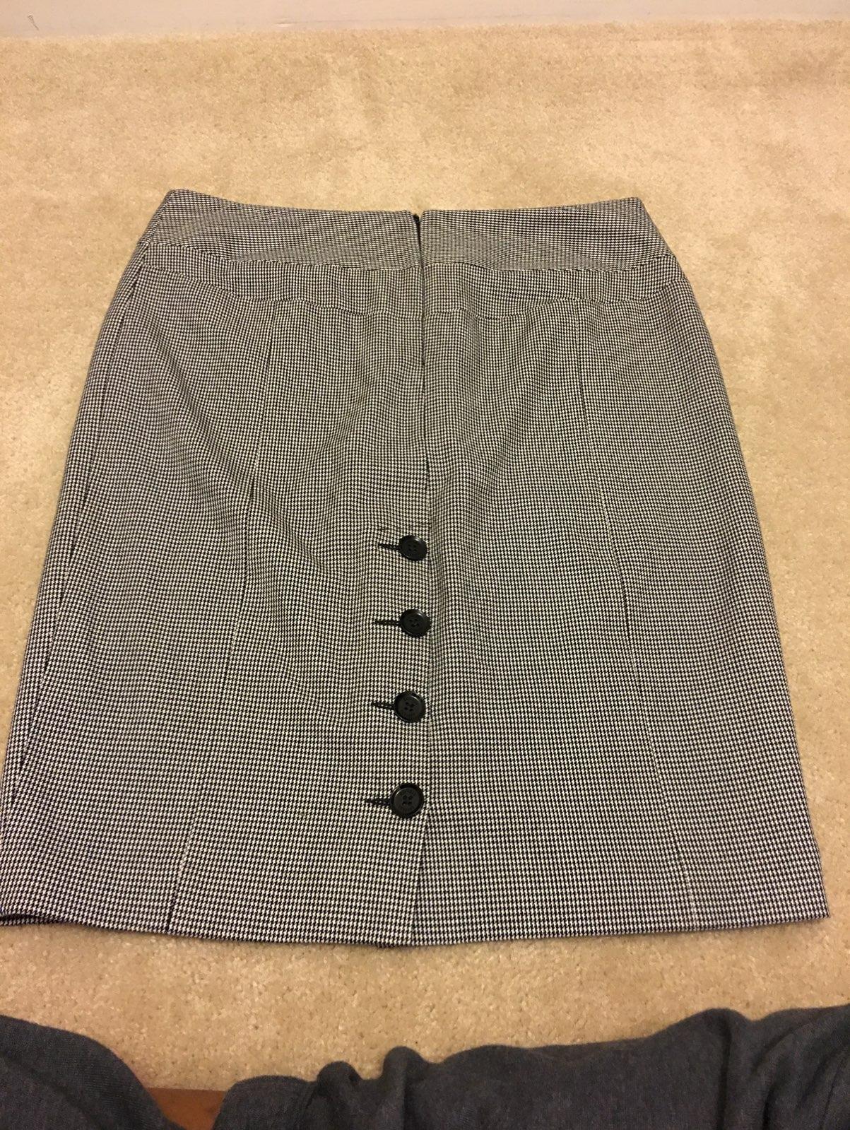 Express Women's Houndstooth Skirt