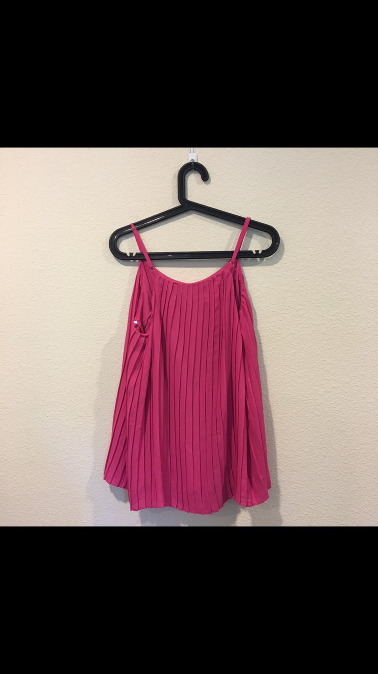 NWT Hot Pink Pleated Swing Top