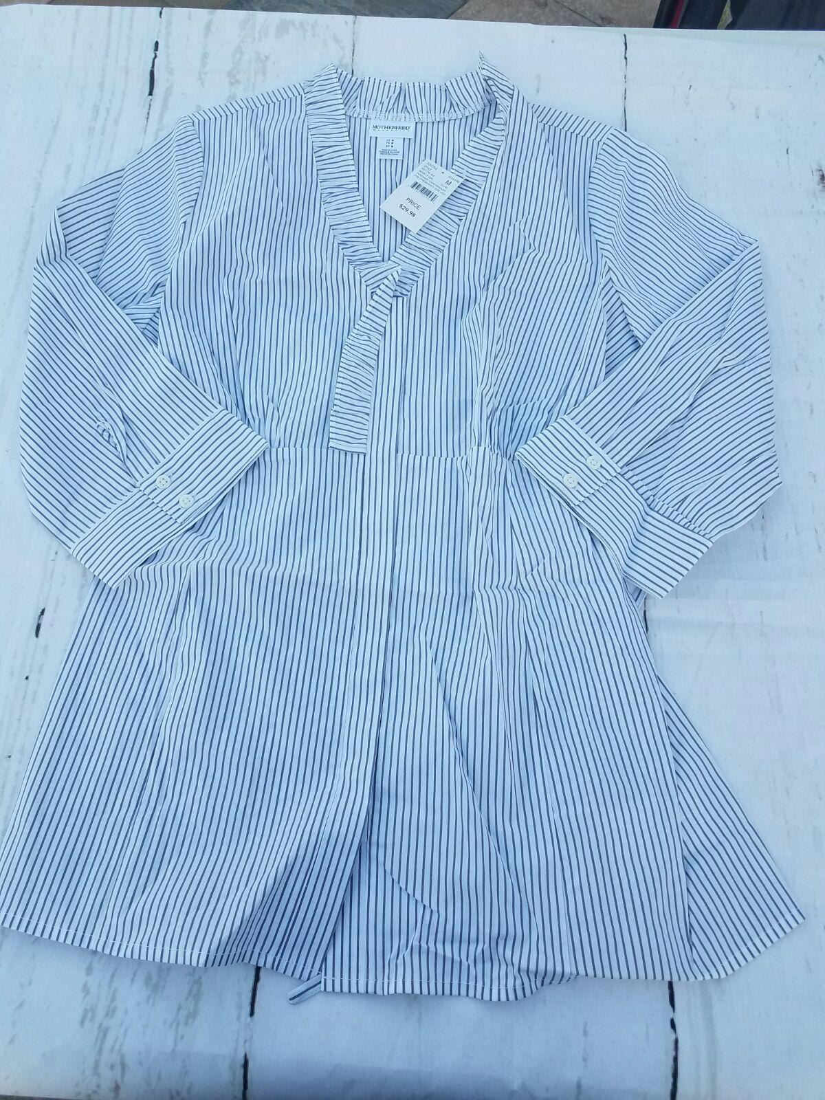 New motherhood maternity medium blouse mercari buy sell new motherhood maternity medium blouse ombrellifo Choice Image