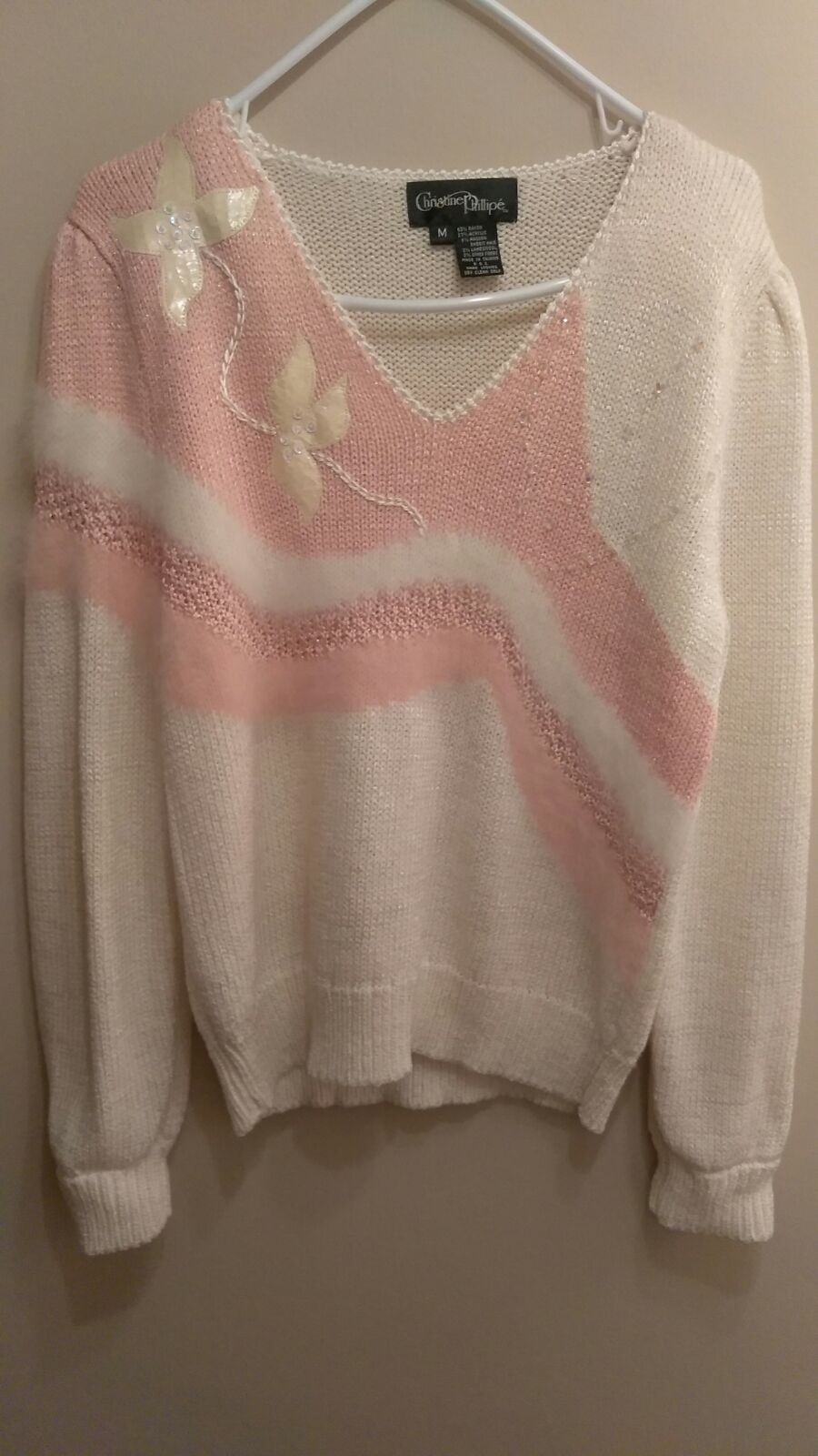 Ivory pink sweater - Mercari: BUY & SELL THINGS YOU LOVE