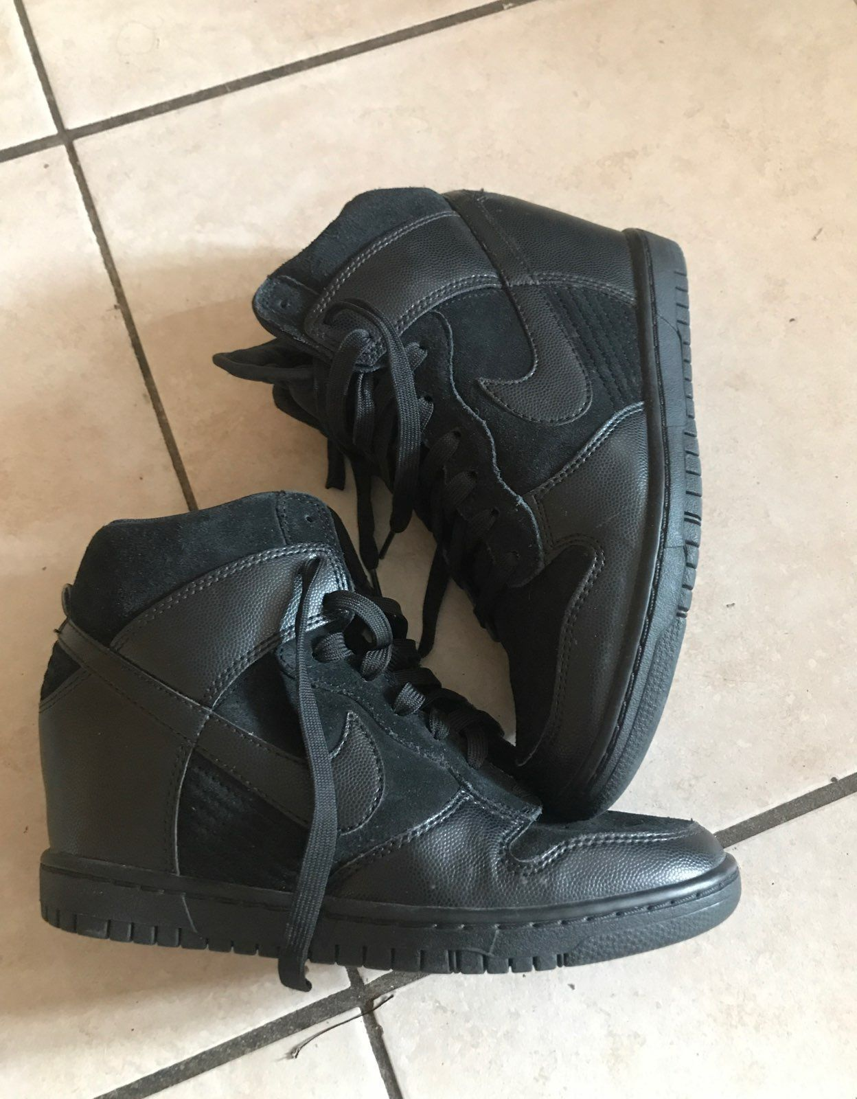 Nike Wedged High top Sneakers
