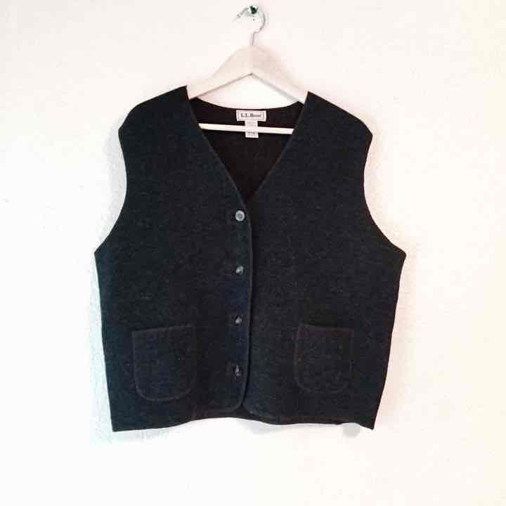 LL Bean Vintage lambswool sweater vest L - Mercari: BUY & SELL ...