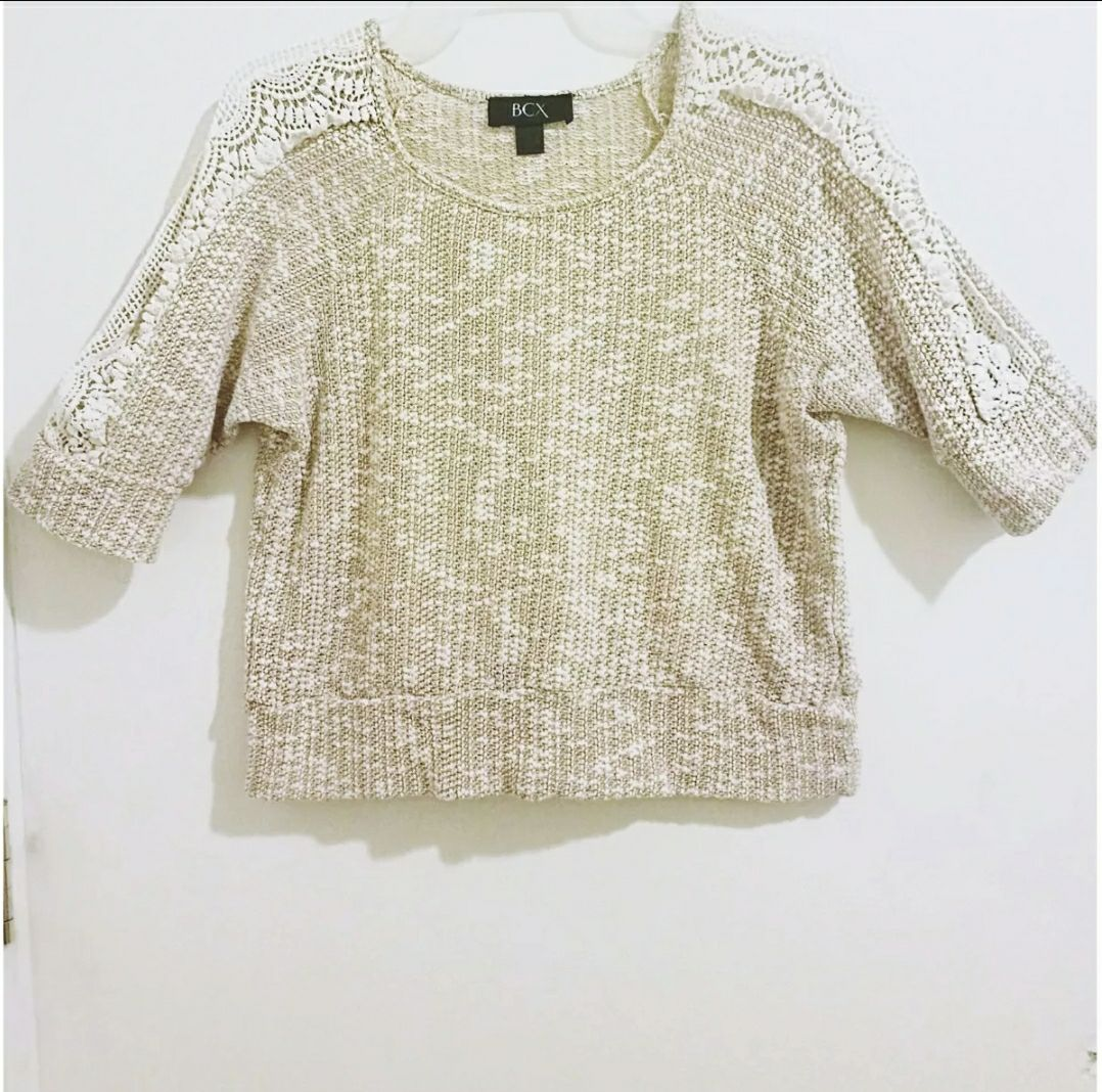Cream Cropped Sweater - Mercari: BUY & SELL THINGS YOU LOVE