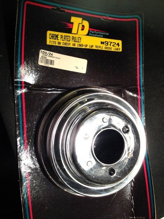 69 Up CHEVY  BB Water Pump Pulley