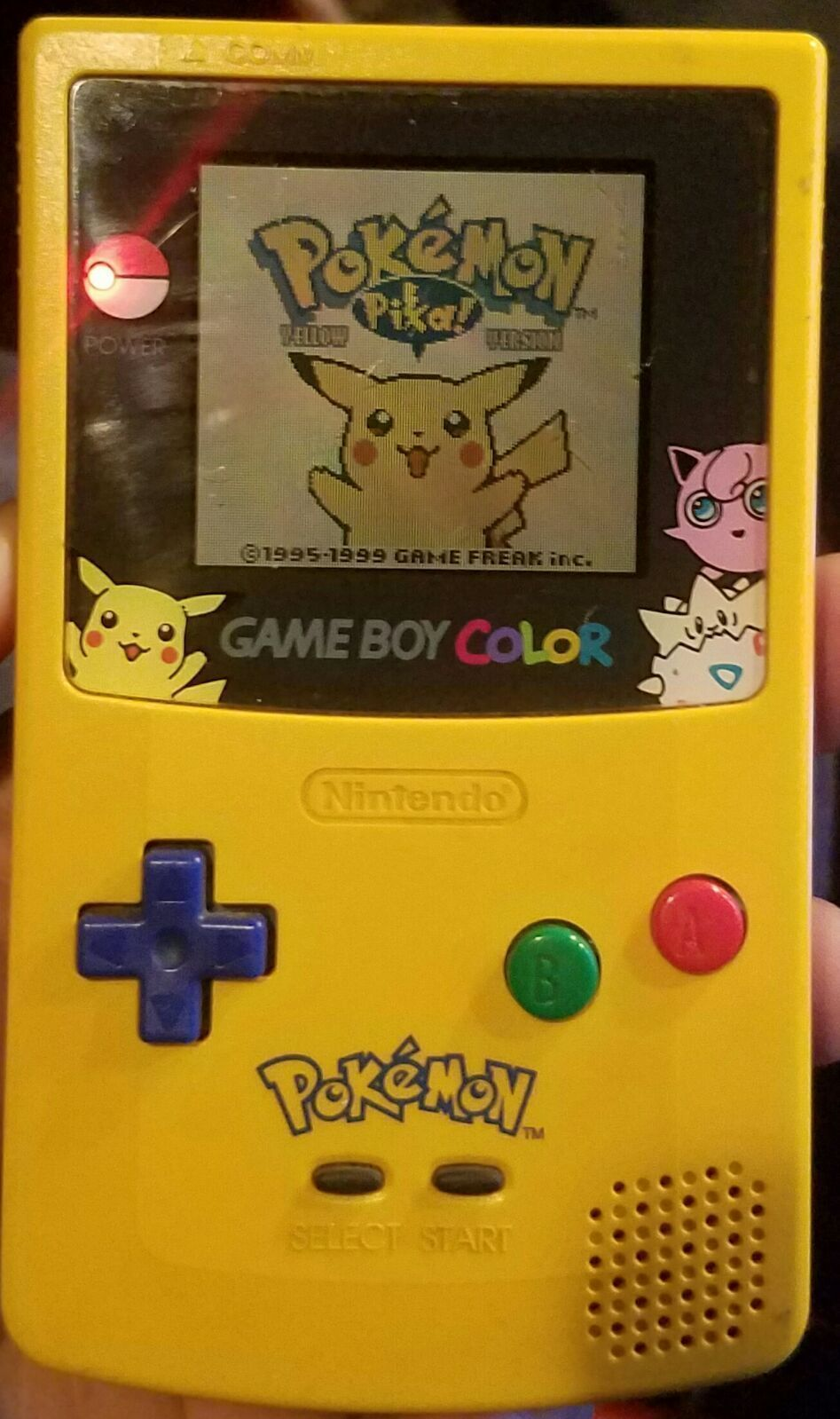 Gameboy color and pokemon yellow - Pokemon Game Boy Color Pokemon Yellow