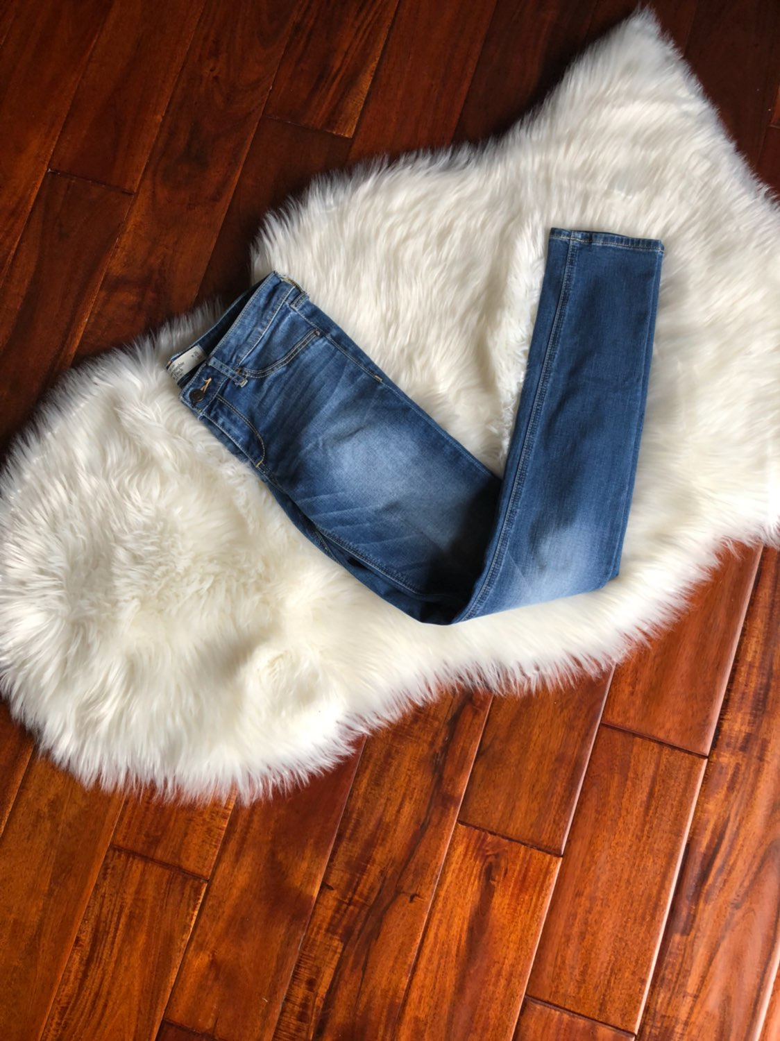 abercrombie and fitch jeans size 2