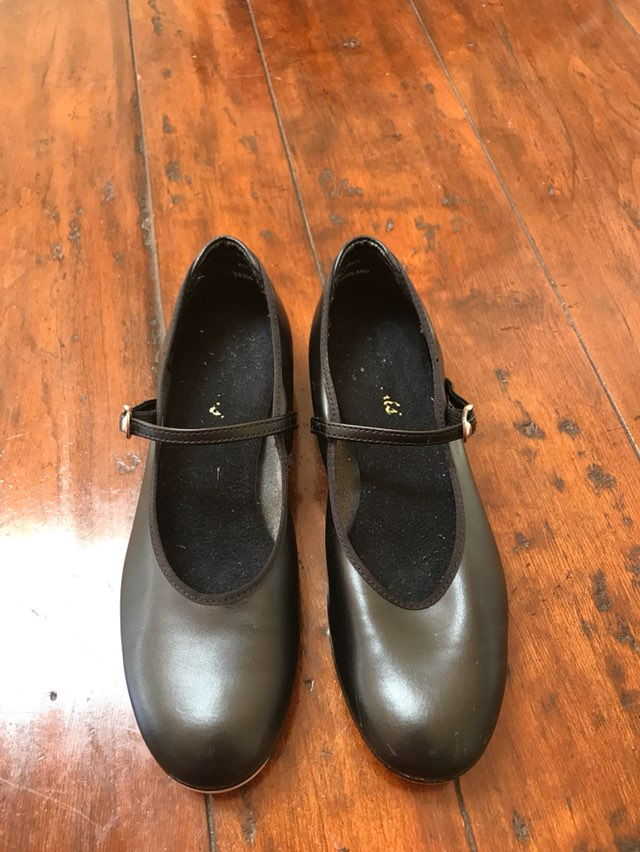 Theatrical Tap Shoes Sz 7 5