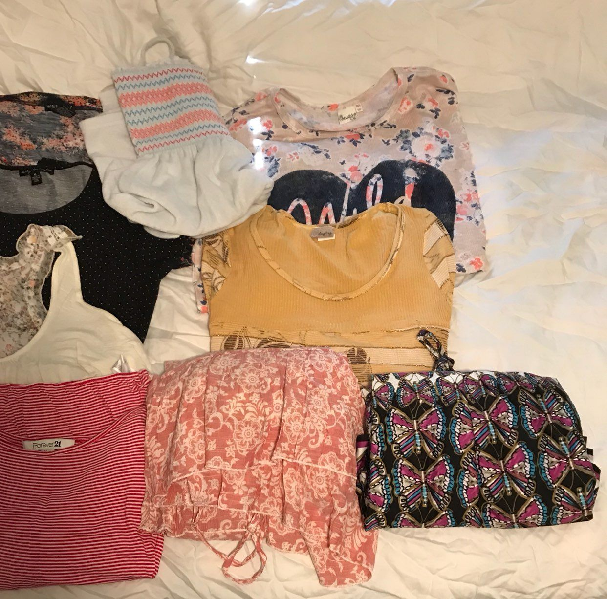 Juniors Lot Of 5 Tops  And 3 Dresses