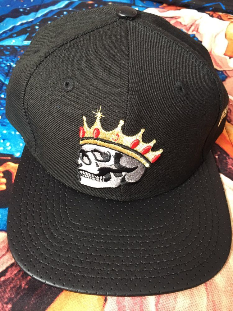 cd220abb2ab New Era Crownskull SnapBack - Mercari  BUY   SELL THINGS YOU LOVE