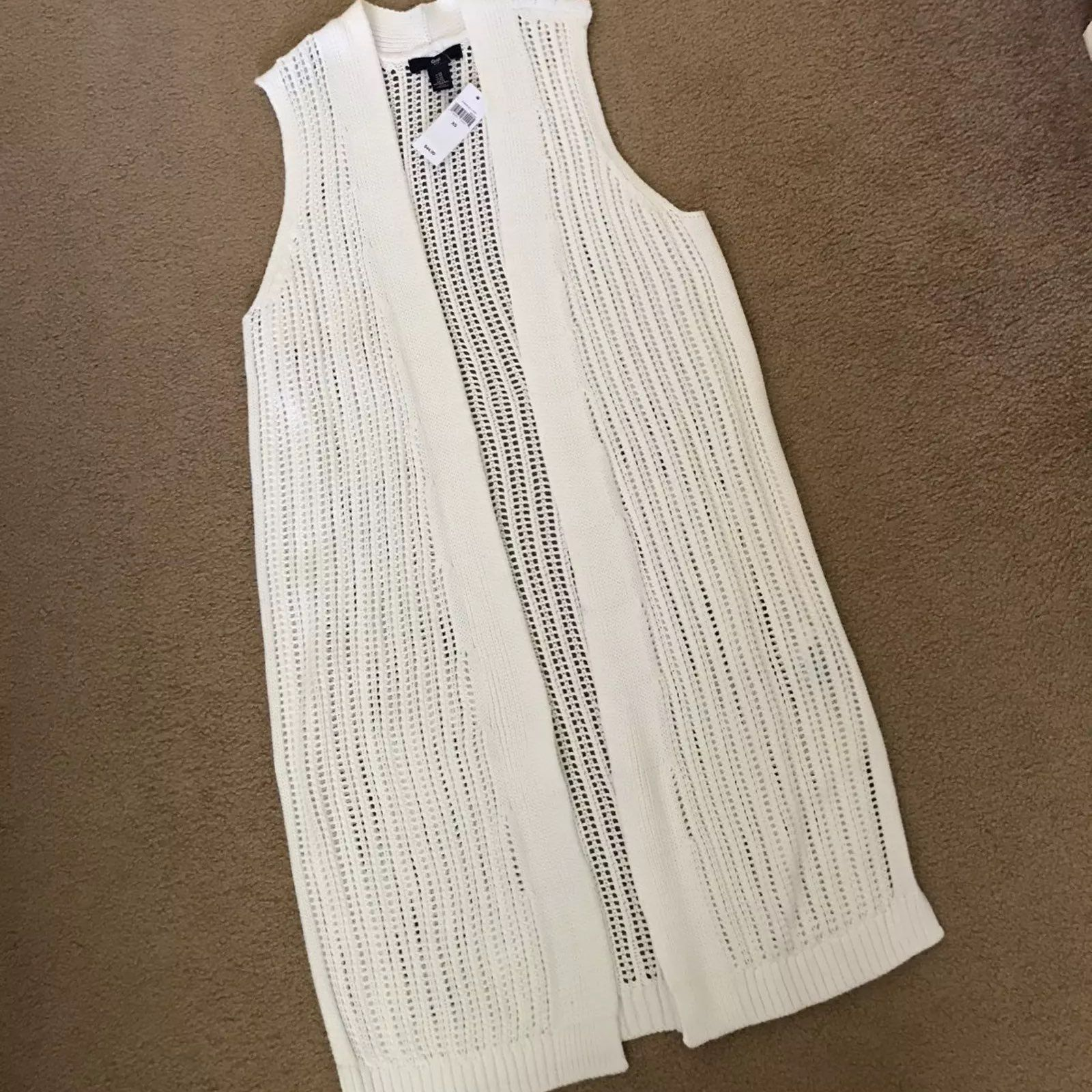 NWT GAP OPEN FRONT SWEATER VEST XS - Mercari: BUY & SELL THINGS ...