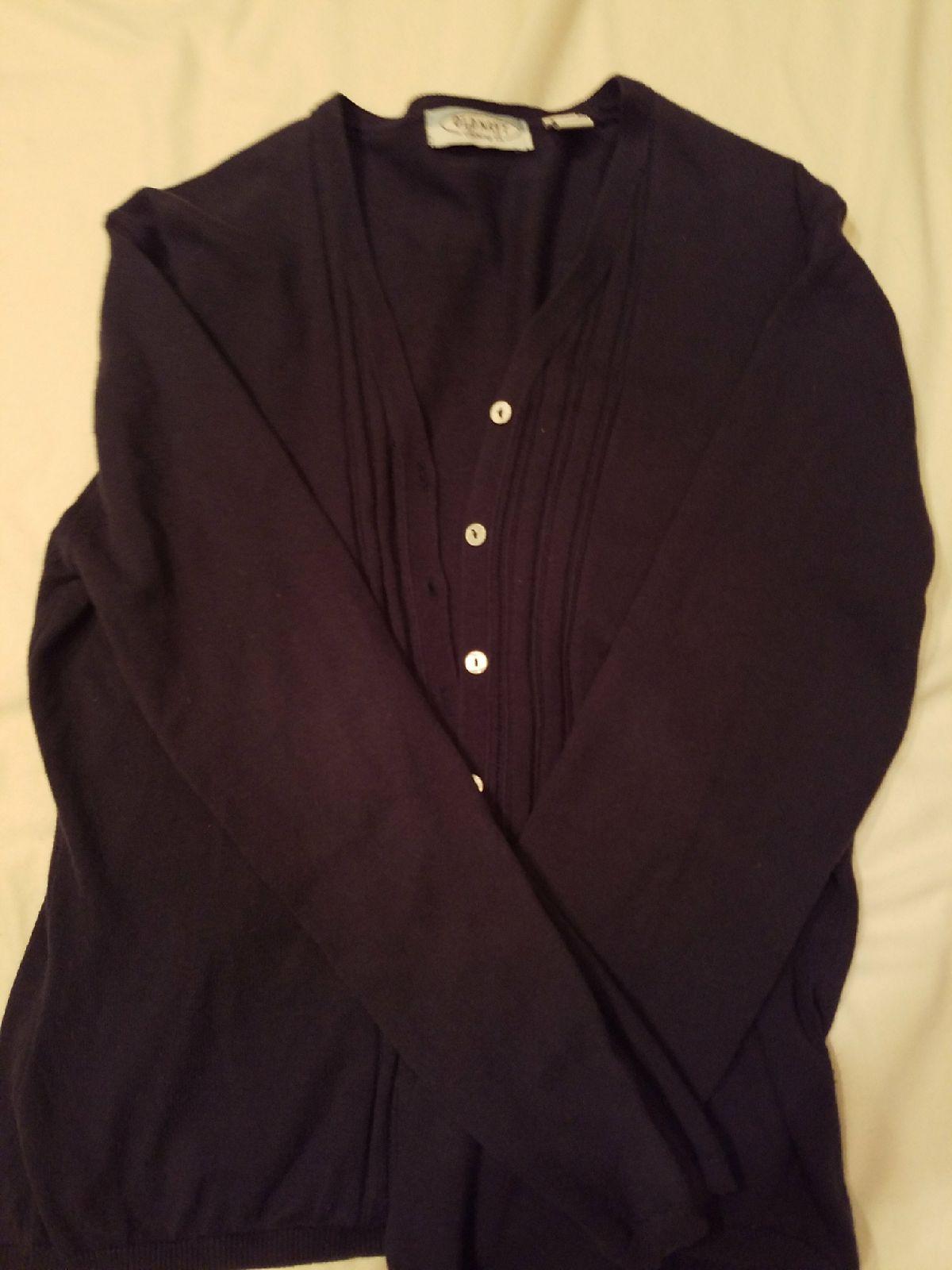Old Navy Long Sleeve Cardigan - Mercari: BUY & SELL THINGS YOU LOVE