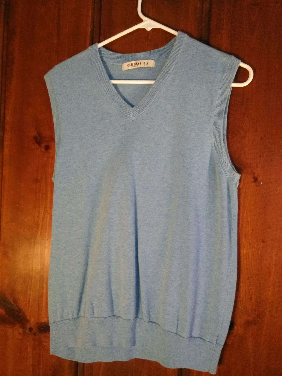 Old Navy sweater vest - Mercari: BUY & SELL THINGS YOU LOVE