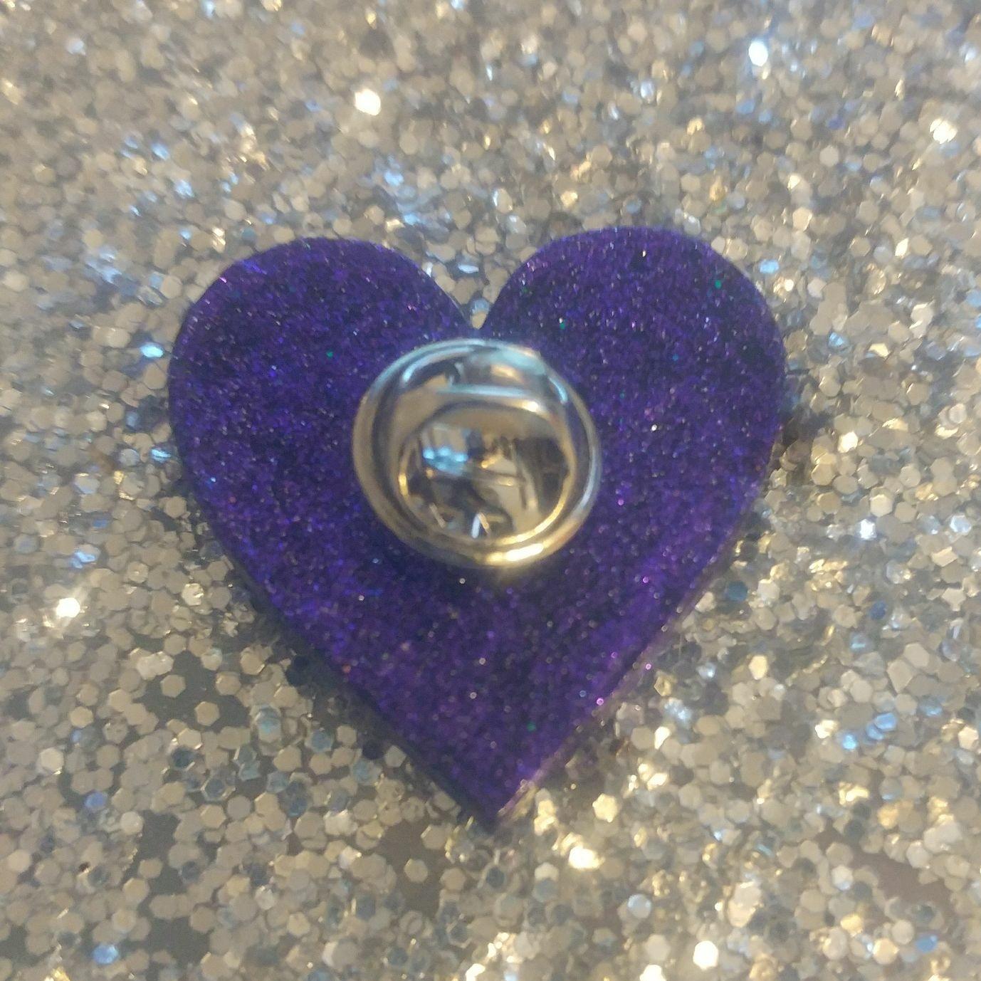 Prince Glitter Heart Pin