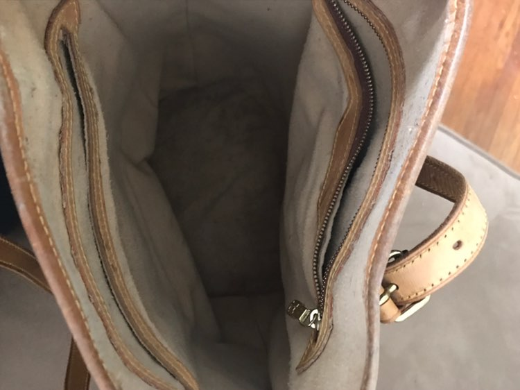 Louis Vuitton Bucket GM Bag