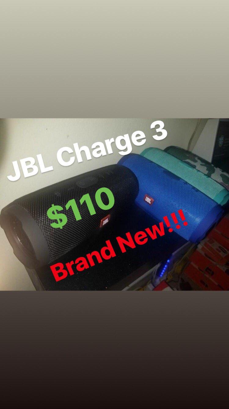 JBL Charge 3 Speakers