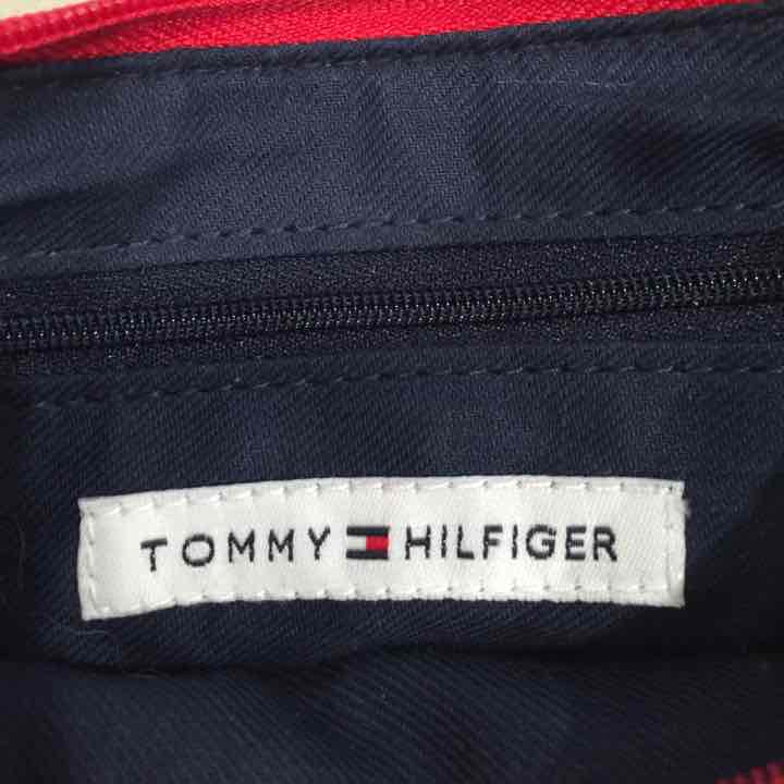 Nwot Tommy Hilfiger purse
