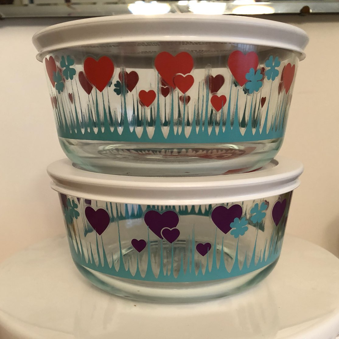 Pyrex Lucky In Love 4 Cup Dishes