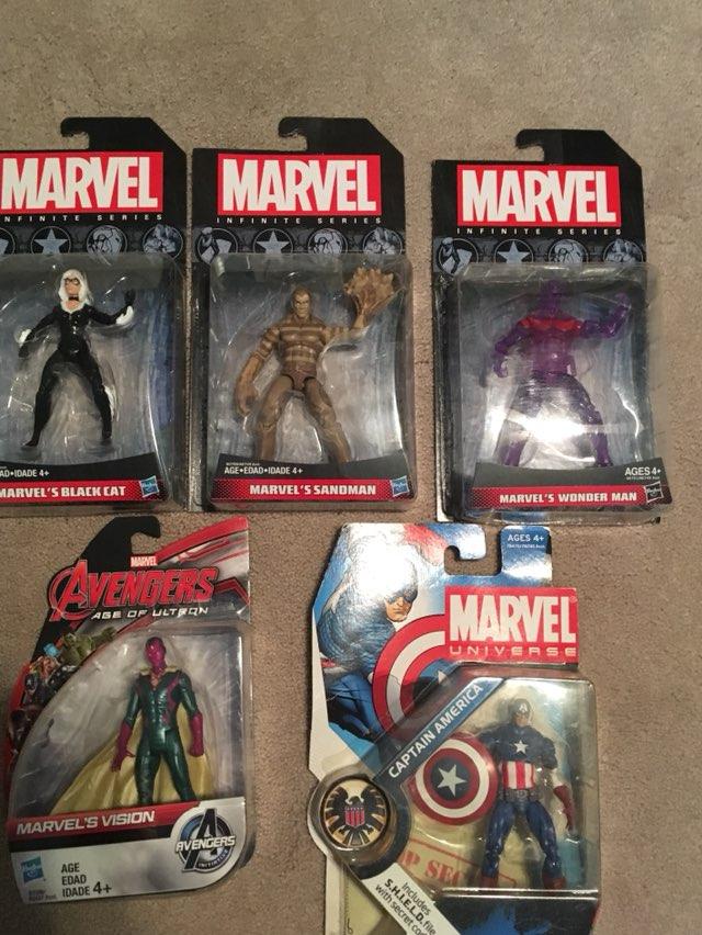 Assorted 3.75 Marvel Universe/Legends