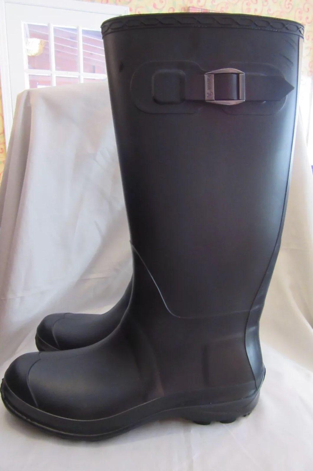 Women's Size 9 Rain Boots Kamik Black