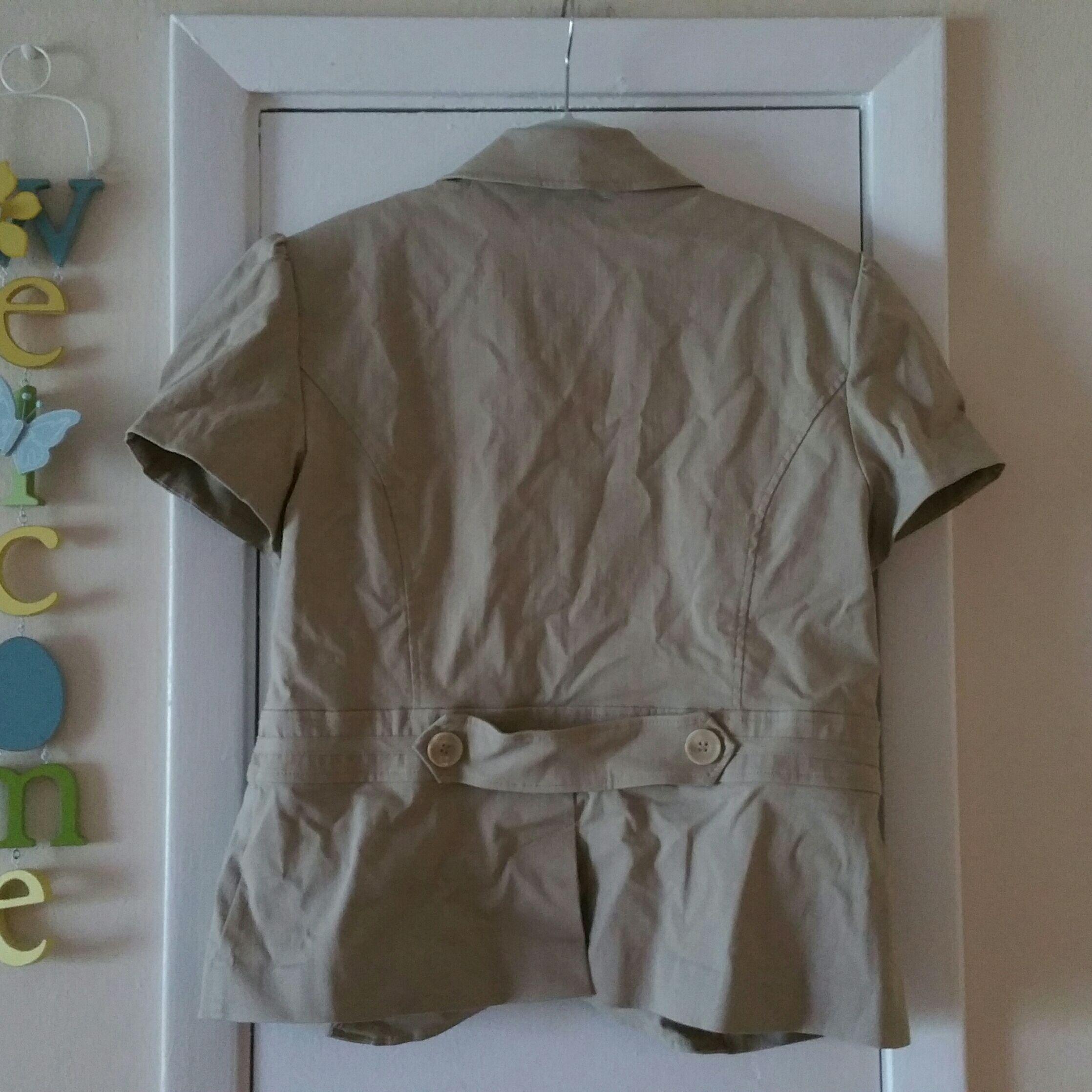 Short-sleeve khaki womens blazer Size 14