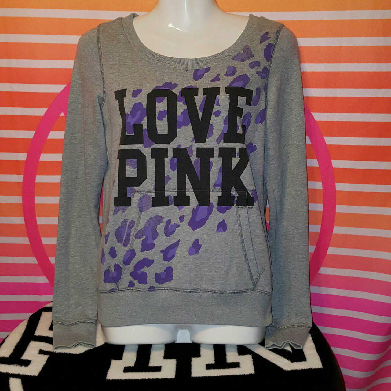 Xs vs pink sweater - Mercari: BUY & SELL THINGS YOU LOVE