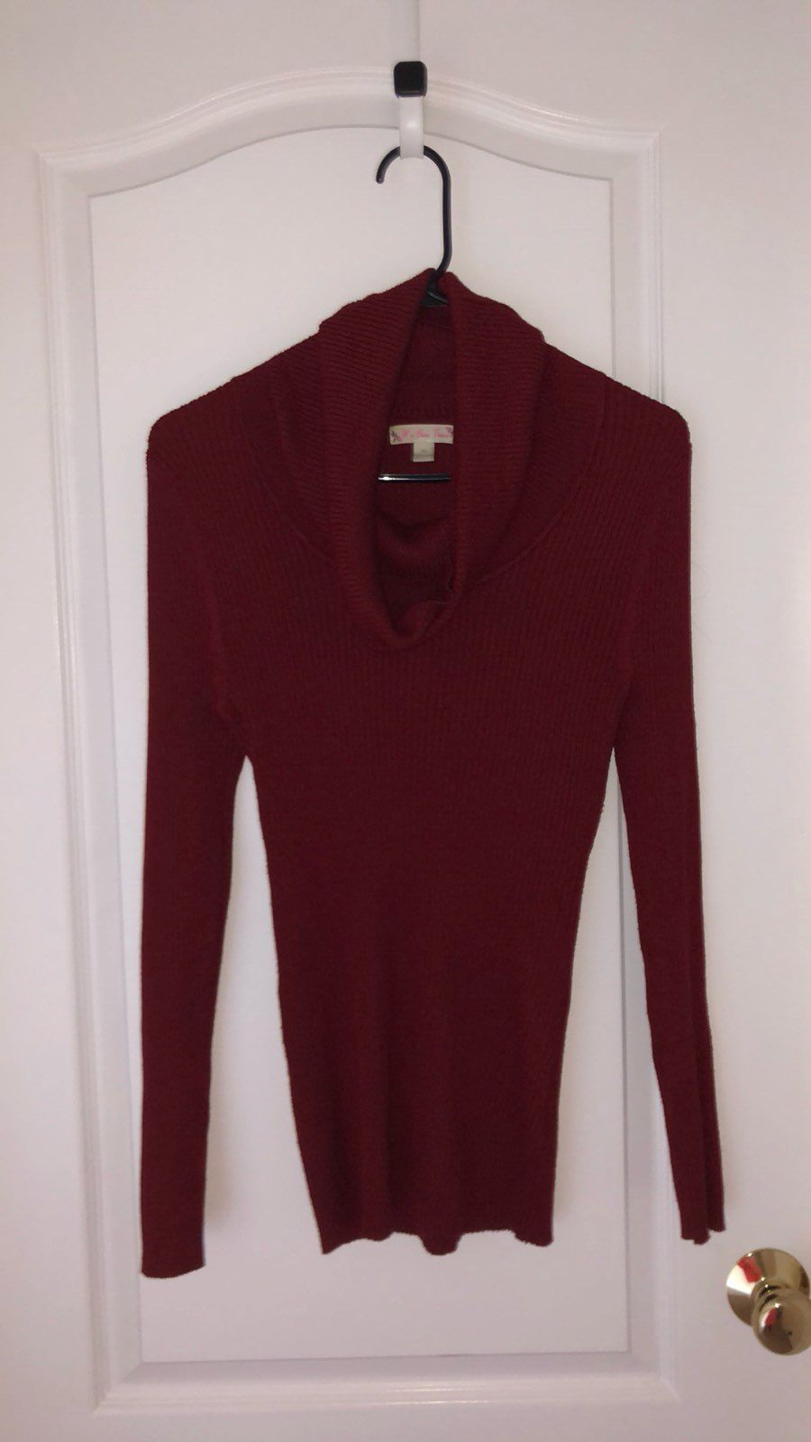 ️LIKE NEW SCOOPNECK RED SWEATER! - Mercari: BUY & SELL THINGS YOU ...
