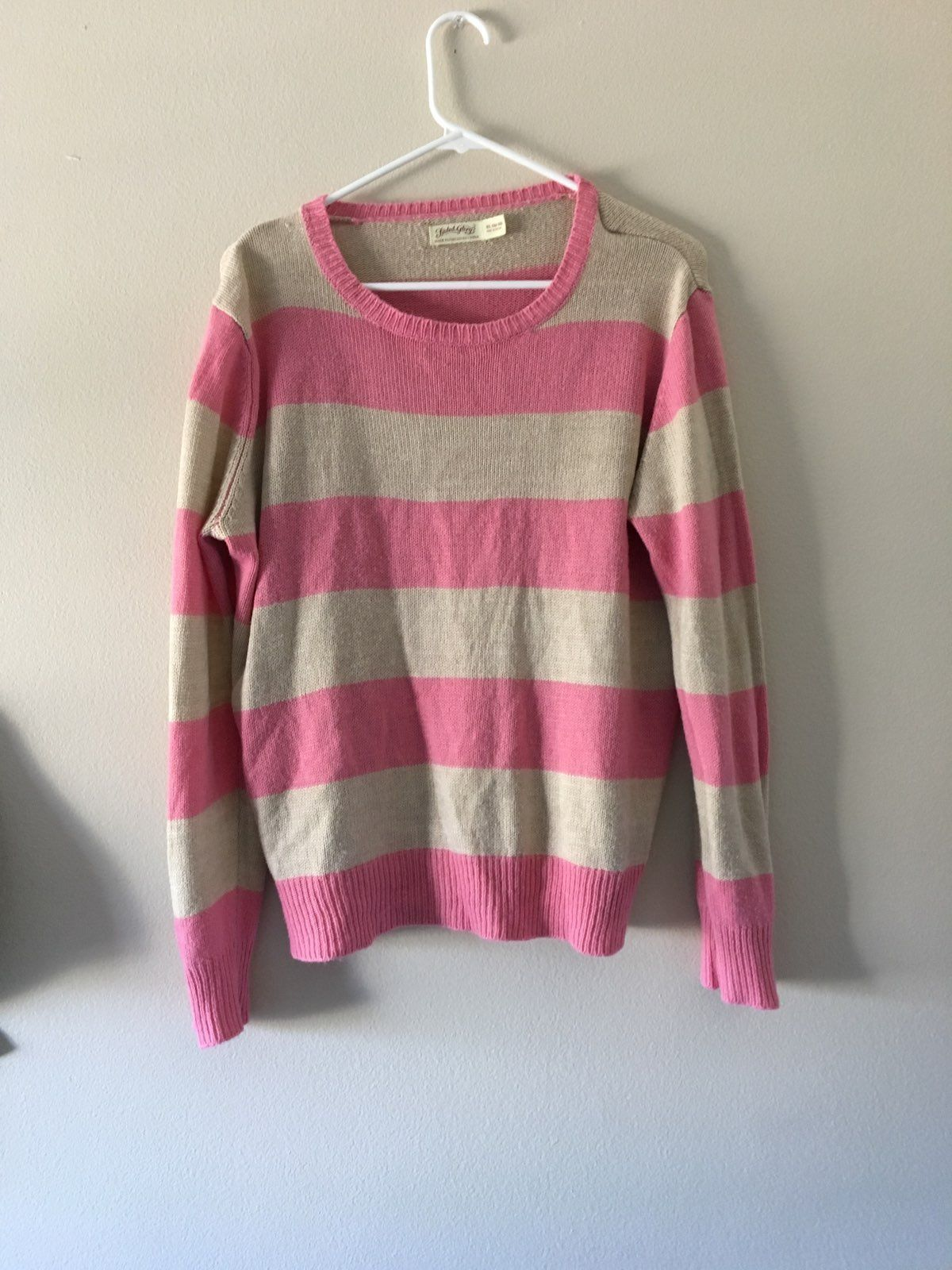 Super Cute Sweater! Oversized! - Mercari: BUY & SELL THINGS YOU LOVE